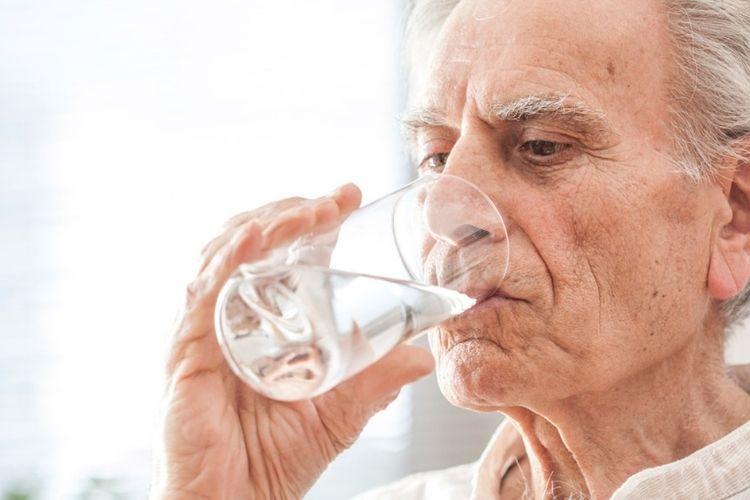 déshydratation et conséquences chez personnes agées